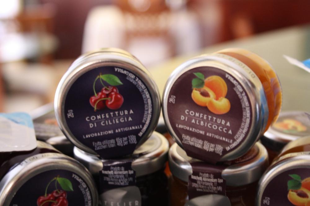 hotel-san-giuseppe-tre-stelle-catanzaro-tea-room-colazione-continentale-buffet-varieta-confetture-artigianali